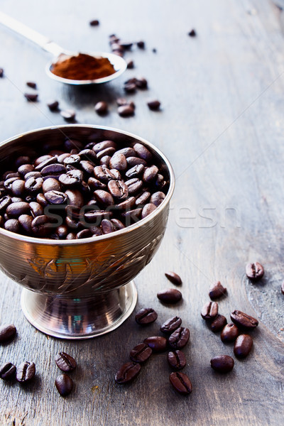 Koffie koffiebonen grunge houten selectieve aandacht ontbijt Stockfoto © YuliyaGontar