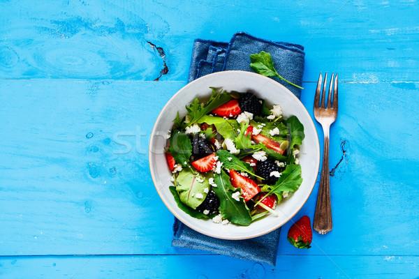 Zdjęcia stock: Truskawki · salaterki · smaczny · świeże · jeżyna
