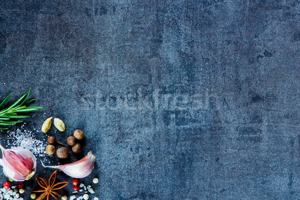Foto stock: Hierbas · especias · sal · marina · ajo · romero · oscuro