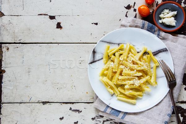 Włoski makaronu domowej roboty oliwy parmezan biały Zdjęcia stock © YuliyaGontar