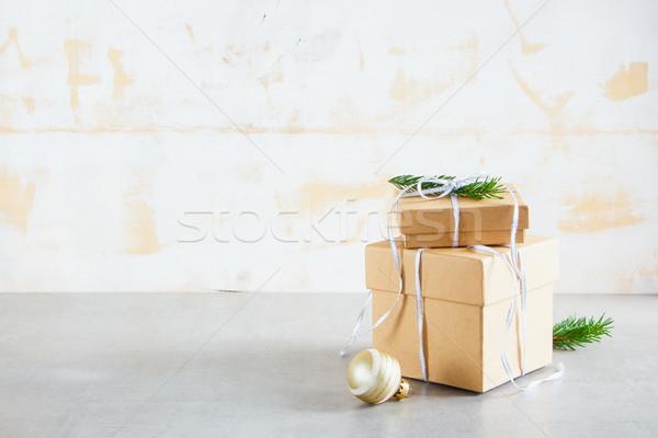 ünnep kártya üdvözlőlap ajándék fenyő ágak Stock fotó © YuliyaGontar