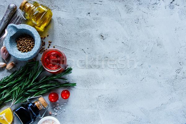 приготовления серый томатном соусе оливкового масла бальзамического уксуса специи Сток-фото © YuliyaGontar