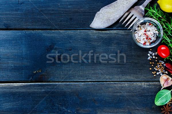 Stok fotoğraf: Taze · sebze · pişirme · ayarlamak · bağbozumu · çatal · bıçak · takımı
