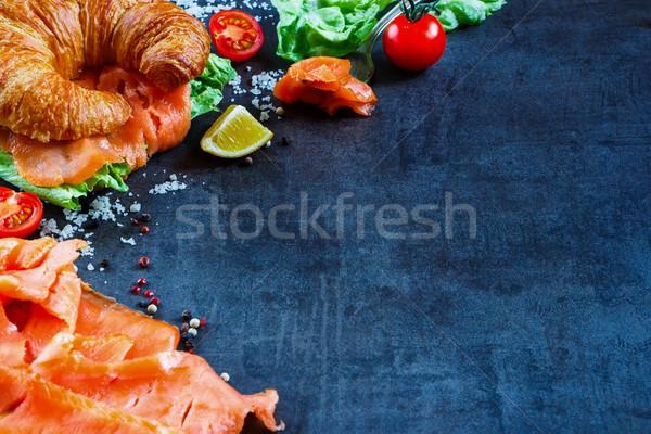 サンドイッチ 暗い ヴィンテージ 表 新鮮な野菜 ストックフォト © YuliyaGontar