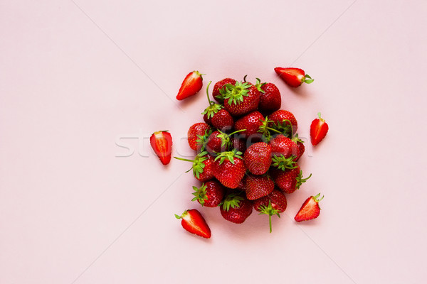 Dojrzały truskawek wiosną lata pastel Zdjęcia stock © YuliyaGontar