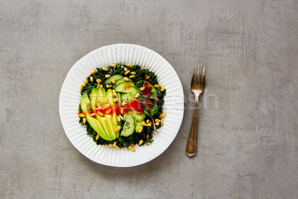 Vert vegan salade plaque avocat concombre Photo stock © YuliyaGontar
