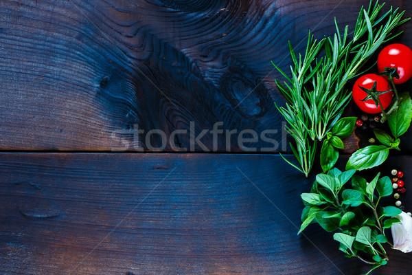 Erbe spezie verdura fresche buio Foto d'archivio © YuliyaGontar