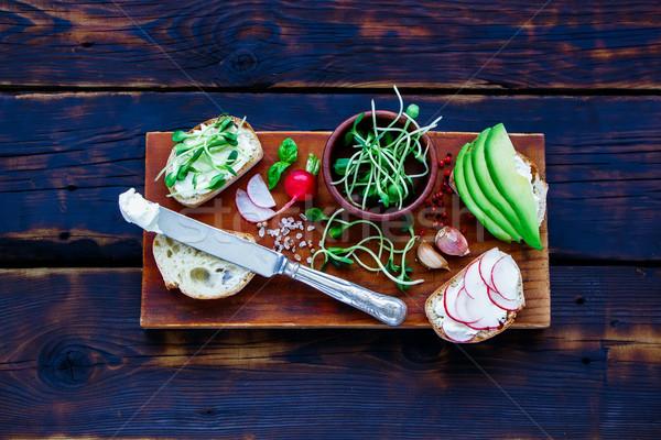 Stok fotoğraf: Vejetaryen · sandviçler · lezzetli · avokado · turp · krem