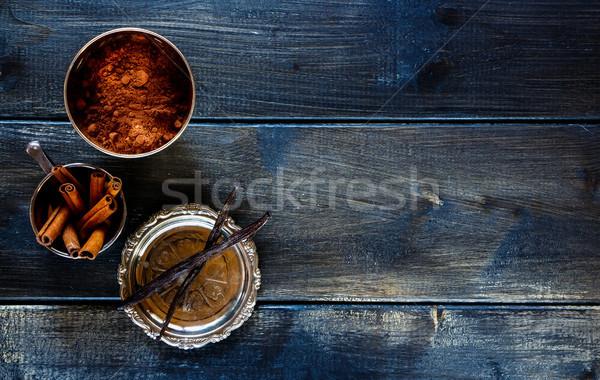 バニラ シナモン 食品 暗い 木材 ストックフォト © YuliyaGontar