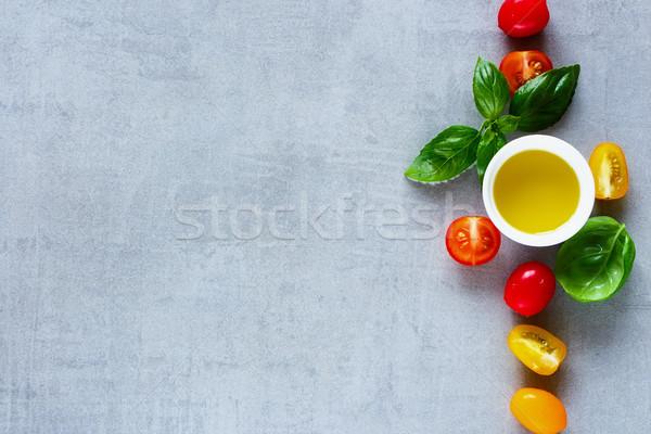 Kırmızı sarı domates kiraz domates zeytinyağı taze Stok fotoğraf © YuliyaGontar