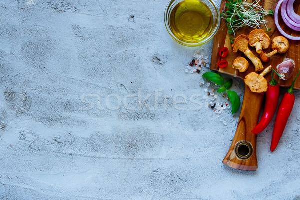 Zöldségek főzés hozzávalók friss zöldségek erdő gombák Stock fotó © YuliyaGontar