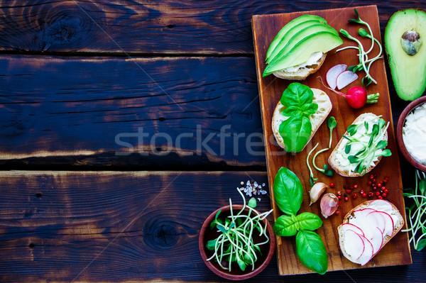 Stok fotoğraf: Vejetaryen · sandviçler · üst · görmek · avokado · turp