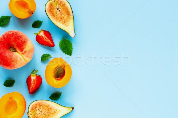 Friss nyár gyümölcsök menta levelek pasztell Stock fotó © YuliyaGontar