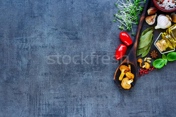 Biyo sağlıklı gıda sebze bağbozumu otlar baharatlar Stok fotoğraf © YuliyaGontar