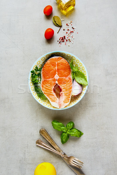 Brut saumon steak ingrédients cuisson poissons Photo stock © YuliyaGontar