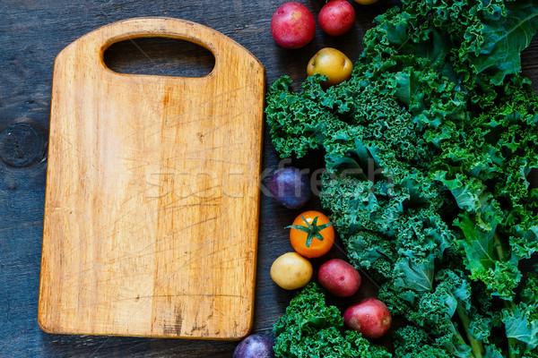 Сток-фото: красочный · органический · овощей · старые · разделочная · доска · свежие