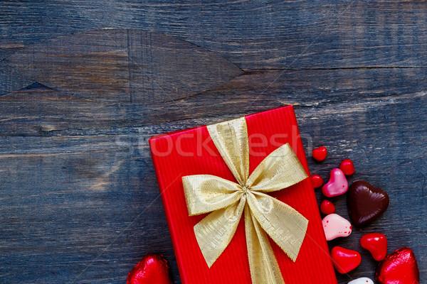 красный праздников подарок шкатулке шоколадом конфеты Сток-фото © YuliyaGontar