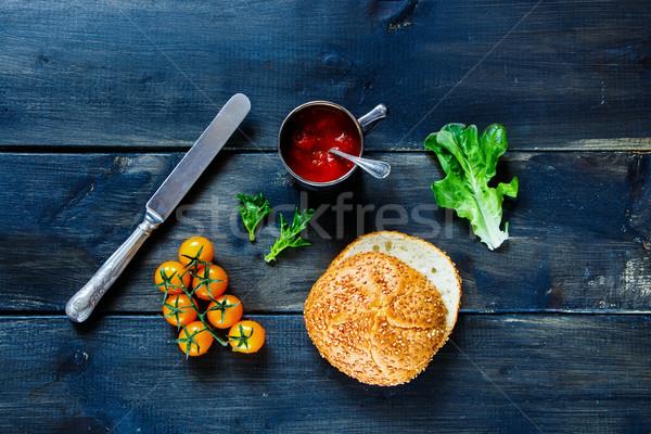 Ingredientes sándwich frescos hortalizas salsa de tomate rústico Foto stock © YuliyaGontar