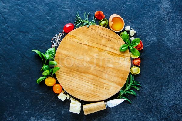 Сток-фото: итальянской · кухни · пасты · Пельмени · базилик · пармезан