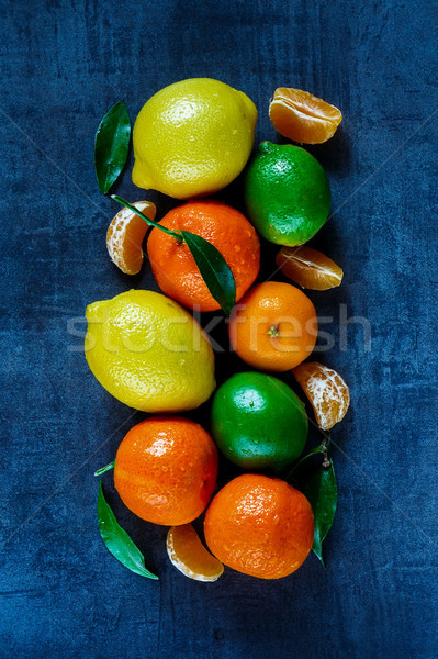 Citrus gyümölcsök levelek felső kilátás friss Stock fotó © YuliyaGontar