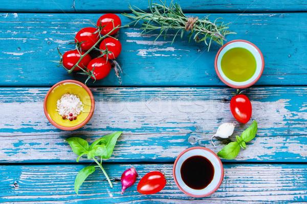свежие органический овощей кадр оливкового масла бальзамического уксуса Сток-фото © YuliyaGontar
