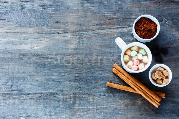 Cup cioccolata calda cannella vintage tavolo da cucina Foto d'archivio © YuliyaGontar