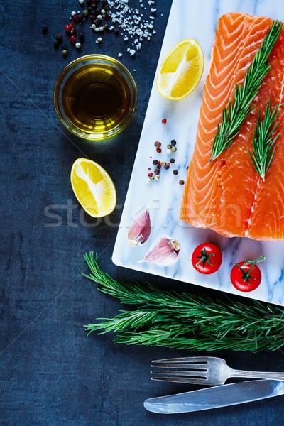 Fresche greggio salmone cibo sano filetto preparazione Foto d'archivio © YuliyaGontar