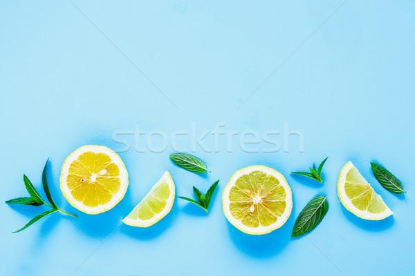 Limón rebanadas menta creativa disposición frescos Foto stock © YuliyaGontar