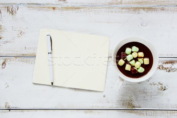 горячий шоколад ноутбук Кубок белый деревянный стол Top Сток-фото © YuliyaGontar