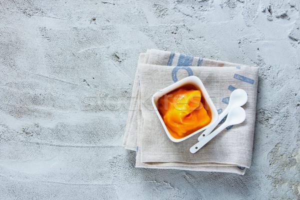 Mango gelato fatto in casa sorbetto ciotola servito Foto d'archivio © YuliyaGontar