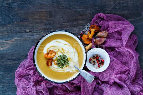 Cremoso sopa vintage tazón crema servido Foto stock © YuliyaGontar