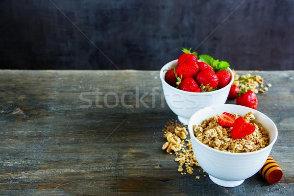 Müsli bessen granen heerlijk ontbijt Stockfoto © YuliyaGontar