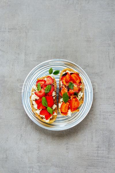 Saludable desayuno todo grano queso frescos Foto stock © YuliyaGontar