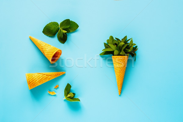 Cone de quadro doce waffle fresco Foto stock © YuliyaGontar