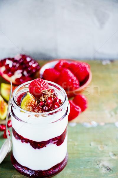 Foto d'archivio: Greco · yogurt · frutti · di · bosco · fresche · melograno