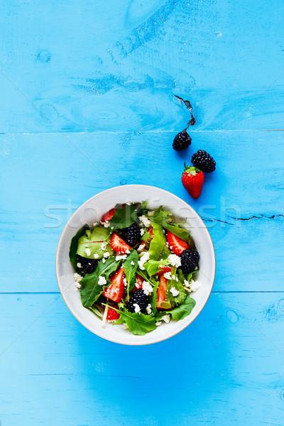 Zdjęcia stock: Truskawki · salaterki · smaczny · jeżyna · niebieski