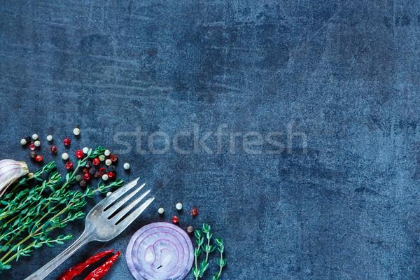 Friss gyógynövények fűszer sötét klasszikus egészséges étel Stock fotó © YuliyaGontar