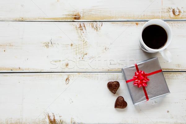 Café regalo caja de regalo taza de café chocolate blanco Foto stock © YuliyaGontar