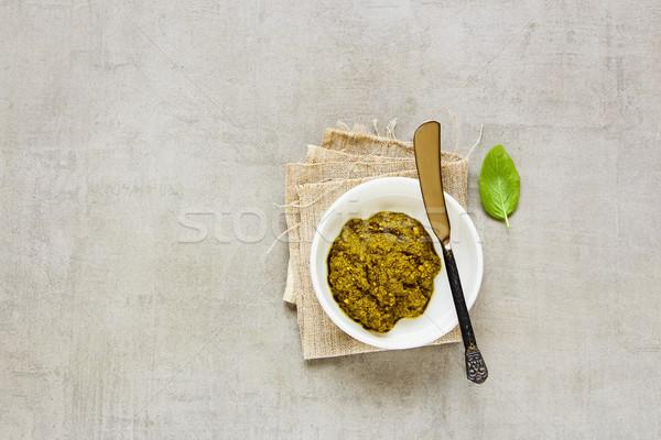 Italiaans pesto saus basilicum top Stockfoto © YuliyaGontar