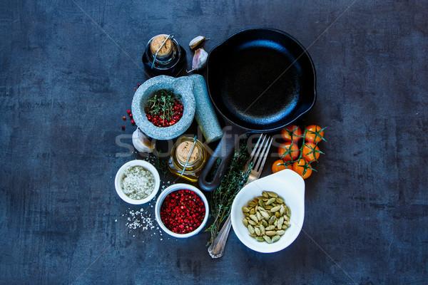 Fűszer klasszikus tábla olívaolaj balzsamecet különböző Stock fotó © YuliyaGontar