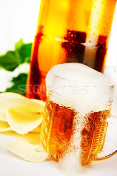 Foto stock: Vidro · cerveja · plástico · garrafa · batatas · fritas · cair