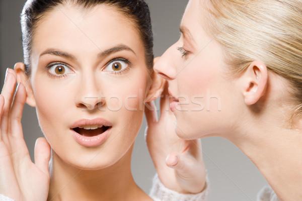 Segredos dois mulheres jovens mulher Foto stock © yurok