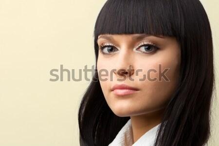 Bakmak portre esmer kadın bo kız Stok fotoğraf © yurok
