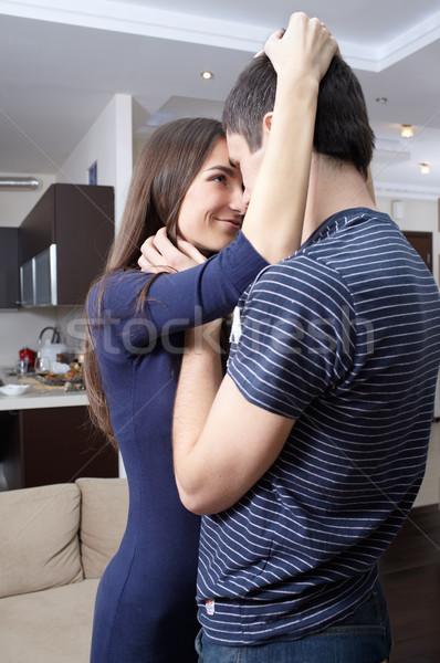 Boldog újonnan házaspár bor otthon férfi Stock fotó © zastavkin
