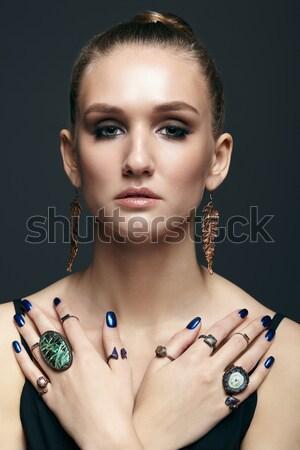Barna hajú nő tükör portré fiatal gyönyörű nő Stock fotó © zastavkin