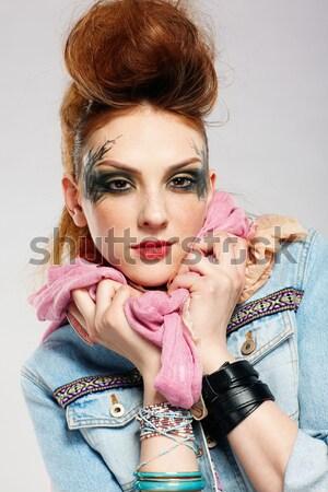 Nő csecsebecsék portré gyönyörű fiatal nő göndör haj Stock fotó © zastavkin