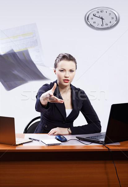 üzletasszony kettő laptopok iroda portré gyönyörű Stock fotó © zastavkin