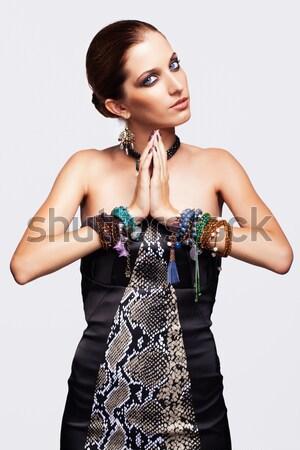 Piękna brunetka portret kobiety młodych kobieta niebieski Zdjęcia stock © zastavkin