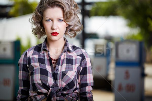 Menina posto de gasolina ao ar livre retrato jovem belo Foto stock © zastavkin
