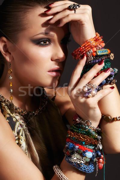 Güzel genç kadın portre bijuteri yüz moda Stok fotoğraf © zastavkin